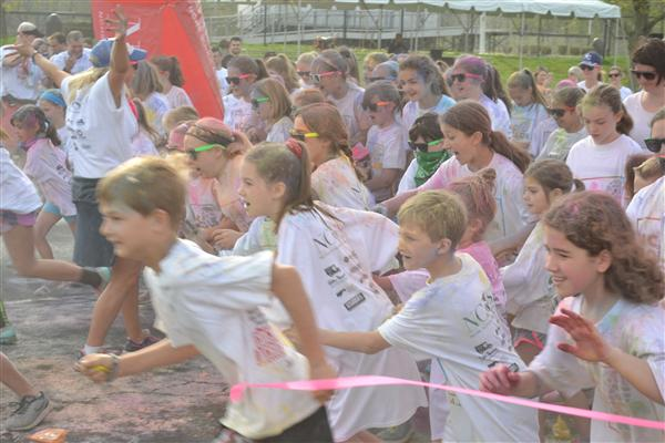 Color Run Creates Colorful Collage