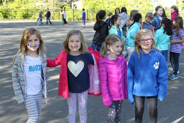 Students and Families Stroll to South School